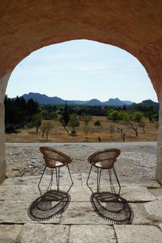 Provence, Eygalières. Provence, Wicker, Chair, Pictures, Furniture, Home Decor, Photos, Decoration Home, Room Decor