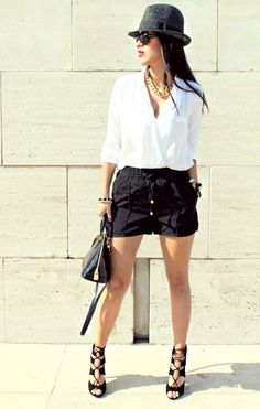 Another black and white outfit.  Casual and chic.     Black sandal heels, black shorts, white blouse, black hat outfit.     H&M and Zara     http://www.bechicandcheap.com/casual-chic-fvideo