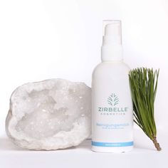 Zirbenprodukte, Zirbensprays und vieles mehr von ZIRBELLE ® Shampoo, Bottle, Beauty, Organic Beauty, Lavender, Handmade, Flask, Cosmetology, Jars