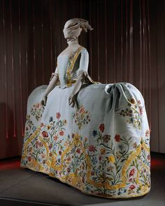 Century Costume Archives: Embroidered Dutch Wedding Gown « Life Takes Lemons 18th Century Dress, 18th Century Costume, 18th Century Clothing, 18th Century Fashion, 17th Century, Vintage Outfits, Vintage Dresses, Vintage Fashion, Historical Costume