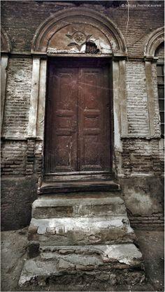 Front door by W8Lfii,http://w8lfii.mozello.com/
