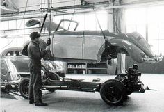 Cabriolet assembly in VW Karmann factory