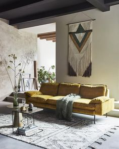 If you are looking for a funky sofa with a retro design: look no further! This retro style sofa can seat up to four people. Sofa is made of Ochre color velvet t