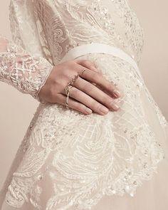 An eternal #Oui | ELIE SAAB #Bridal Ready-to-Wear #Spring2018 accessory collection @eliesaabbridal Wedding Dresses 2018, Bridesmaid Dresses, Weeding Dresses, Ellie Saab Bridal, Classy Gowns, Elie Saab Dresses, Beaded Gown, Groom Dress, Bridal Style