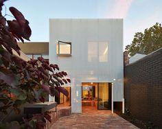 austin-maynard-architects-mills-the-toy-management-house-melbourne-designboom-02