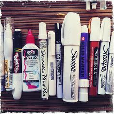 Artjournaling daily: white pens + markers by traci bautista