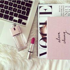#flatlay #vogue #makeup #pretty