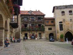 El precioso municipio de Santillana de Mar, Cantabria.