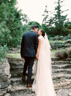 Summer Wedding at Cheekwood Botantical Gardens - Style Me Pretty