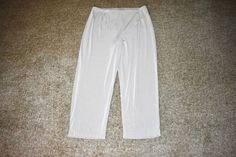 NWT Easywear by Chico's Easy Crop Capri Taupe Travel Pants Size 1  (8) #Chicos #CaprisCropped