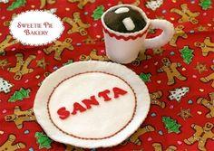 DIY Felt Santa Plate + Felt Hot Chocolate Mug #DIY #Sewing #Sew #Toys #FeltFood #PlayFood #Kids #Toddlers