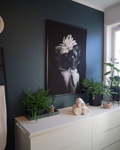 30 Quick and Easy Bathroom Decorating Ideas Dere, Simple Bathroom, Floating Nightstand, Kos, Decorating Ideas, Furniture, Home Decor, Design Interiors, Homemade Home Decor