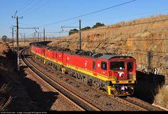 Net Photo: Transnet Freight Rail Class at Ermelo, Mpumalanga province, South Africa by Eugene Armer South African Railways, Train Journey, Man Stuff, Locomotive, Reign, Trains, Men Stuff, Royalty, Locs