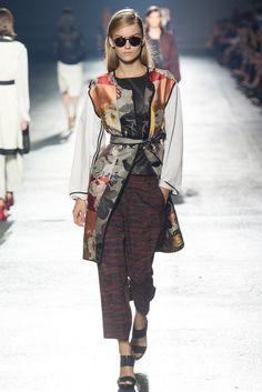 Dries Van Noten Spring 2014 Ready-to-Wear Fashion Show - Katya Riabinkina (Elite)