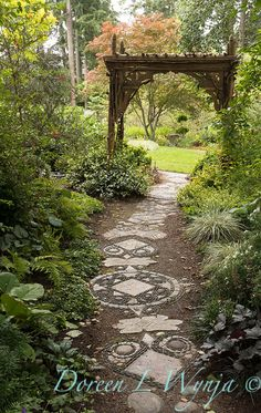 53 Impressive Garden Pathway Ideas For Backyard And Front Yard - It's quite common to find gardens in homes, but only a few would really have well landscaped ones. There are so many resources at your disposal, that .