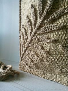 Summer Palm Leaf bag – shop online on Livemaster with shipping - Jean Crafts, Denim Crafts, Crochet Motif, Crochet Patterns, Cut Shirt Designs, Hippie Purse, Summer Handbags, Sewing Aprons, Jute Bags