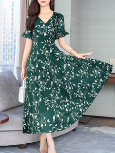Round Neck Floral Printed Bell Sleeve Maxi Dress - Sebellamore.com Cheap Maxi Dresses, Short Dresses, Summer Dresses, Pretty Dresses, Beautiful Dresses, Saree Blouse Neck Designs, Sleeves Designs For Dresses, Winter Outfits Women, Dress Silhouette