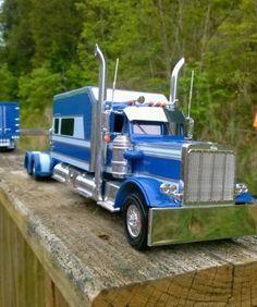 Peterbilt 359 custom built