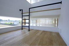 ロフト付きの子供部屋(『ノンちゃんのいえ』家族の気配・風景がひとつながりの家)- 子供部屋事例