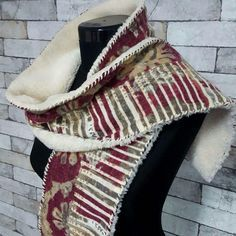 Start loving winter, this artificial fur and wool scarf will make you warm and trendy... Each with unique color combination, handmade, size apx 140 16 1cm, warm and soft