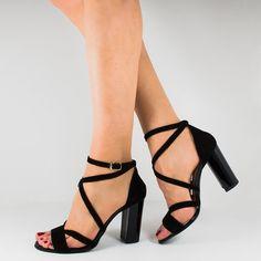 Floral Tops, Platform, Adidas, Heels, How To Make, Fashion, Shoes, Sandals, Heel