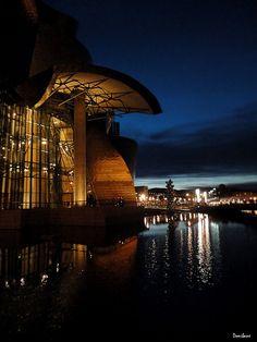 Guggenheim Museum Bilbao by Donibane