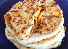 Cuisine Tunisienne: MTABGA Turkish Recipes, Ethnic Recipes, Tunisian Food, Eastern Cuisine, Home Baking, Bread And Pastries, Arabic Food, Mediterranean Recipes, International Recipes