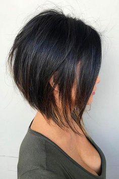 28 adorable short layered haircuts for the summer fun - Haarschnitt kurz - Hairdos Ideas Short Layered Haircuts, Short Hairstyles For Women, Layered Hairstyles, Curly Haircuts, Short Bobs, Longer Bob Hairstyles, Short Haircuts For Round Faces, Haircuts For Thin Hair, Concave Bob Hairstyles