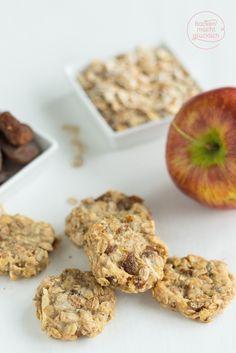 Gesunde Kinder-Kekse ohne Zucker, Butter, Ei und Milch - für Erwachsene sind es die perfekten Clean Eating Cookies | http://www.backenmachtgluecklich.de