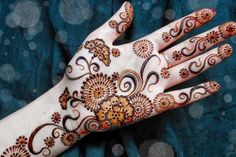 Mehndi design is extremely very famous for every occasion. Everyone can find best mehndi design for any festival. Simple and Easy Mehndi Designs Images. Pakistani Mehndi Designs, Dulhan Mehndi Designs, Mehandi Designs, Circle Mehndi Designs, Karva Chauth Mehndi Designs, Latest Arabic Mehndi Designs, Latest Bridal Mehndi Designs, Mehndi Design Pictures, Mehndi Designs For Girls