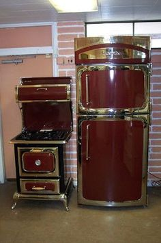 retro stoves and frig | Antique Vintage stove and refrigerator | Kitchen