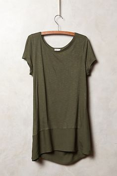 Anthro Drifting Tunic Moss - long olive green (doesn't have to be this exact thing Vogue, Fashion Outfits, Womens Fashion, Shorts, Dress To Impress, What To Wear, Style Me, Jeans, Autumn Fashion