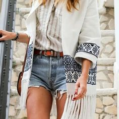 Zara White Kimono Jacket Blue Embroidery Tassels Size medium, BNWT, Sold out everywhere! Amazing jacket!  OUTER SHELL  MAIN FABRIC: 100% cotton  EMBELLISHMENT: 100% cotton  EMBROIDERY: 100% polyester  LINING  100% cotton Zara Jackets & Coats