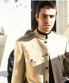 ranked lists of things that users can vote on to share their view. Oasis Live Forever, Liam And Noel, Liam Gallagher Oasis, Beady Eye, The Verve, My Big Love, Britpop, Band Photos, Cool Bands