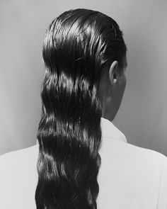 wet hair look Styling Make Up Hair Casting Messy Hairstyles, Wedding Hairstyles, Updo Hairstyle, Vintage Hairstyles, Hair Inspo, Hair Inspiration, Journal Inspiration, Fashion Gone Rouge, Editorial Hair