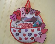 easy-to-make kids Valentine's Day card holder