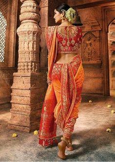 Orange and Red Silk Designer All Over Floral Woven Saree with Lace Maharashtrian Saree, Marathi Saree, Marathi Bride, Marathi Wedding, Kajol Saree, Dhoti Saree, Silk Sarees, Kashta Saree, Anarkali