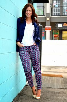 Born Lippy pairs a pair of printed Pixie pants with a plain white tee.    http://iambornlippy.blogspot.ca/2014/04/the-pixie-pant.html