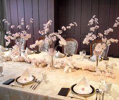 【店舗装飾】ディスプレイ(テーブルコーディネート) アートさくら Wedding Themes, Wedding Decorations, Table Decorations, Japanese Wedding, Spring Wedding, Table Settings, Baby Shower, Cherry Blossoms, Home Decor