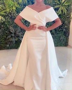 Best Satin Mermaid Wedding Dress 2021 Off The Shoulder Bridal Gown For Women Wedding Dresses Near Me, Affordable Wedding Dresses, Elegant Wedding Dress, Wedding Dress Styles, Champagne Delivery, Satin Mermaid Wedding Dress, Sparkle Wedding, Satin Skirt, Designer Gowns