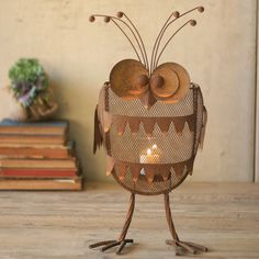 Rustic cute - Iron Owl Candle Holder made by Charming Accessories For Any Space. Metal Lanterns, Candle Lanterns, Metal Garden Art, Metal Art, Support Bougie, Owl Lantern, Rustic Irons, Owl Crafts, Metal Projects