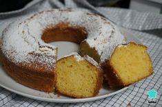 ¿Qué más se le puede pedir a este bizcocho de naranja entera? ¡Nada! Descubre todos los pasos en esta receta fácil con fotos que te mostramos a continuación y prepáralo siempre que te apetezca. Cornbread, Doughnut, Banana Bread, French Toast, Muffin, Breakfast, Cake, Sweet, Ethnic Recipes