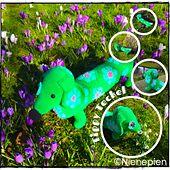 Ravelry: Tippy the African Flower Teckel pattern by Nina Tearney