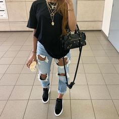 😍😍😍 Tips de Moda   Chill Outfits, Cute Casual Outfits, Swag Outfits, Dope Outfits, Simple Outfits, Stylish Outfits, Summer Bar Outfits, Cute Everyday Outfits, Urban Style Outfits
