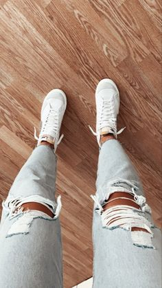 Cute Lazy Outfits, Casual School Outfits, Teen Fashion Outfits, Mode Outfits, Simple Outfits, Trendy Outfits, Estilo Blogger, Swag Shoes, Hype Shoes