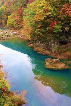 抱返り渓谷 Akita