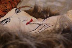 The Black Feather Hat (detail) d'après #Klimt #artetextil #textileart #embroidery # see more