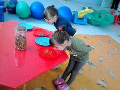 Προσχολική Παρεούλα : Αμυγδαλιά !! Ο προάγγελος της Άνοιξης !! Kids Rugs, Blog, Decor, Decoration, Kid Friendly Rugs, Blogging, Decorating, Nursery Rugs, Deco