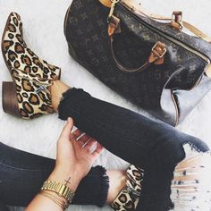 Going somewhere this long weekend? Pack a 'Petty' in a bold leopard - people will  #SamsGirls #SamEdelman