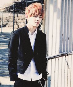 serious face of Taehyung oppa!